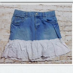 Gap Kids Denim Skirt w/Eyelet Lace Hem